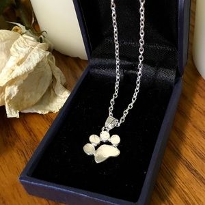 🐾Paw Prints on our Heart🐾